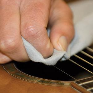 Enige tips om je gitaar in goede conditie te houden
